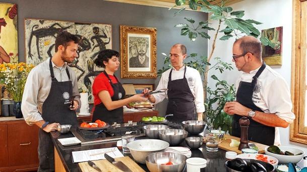 the amazing cooking space at Casa Jacaranda