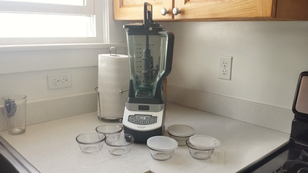 Ninja blender with 6 ramekins